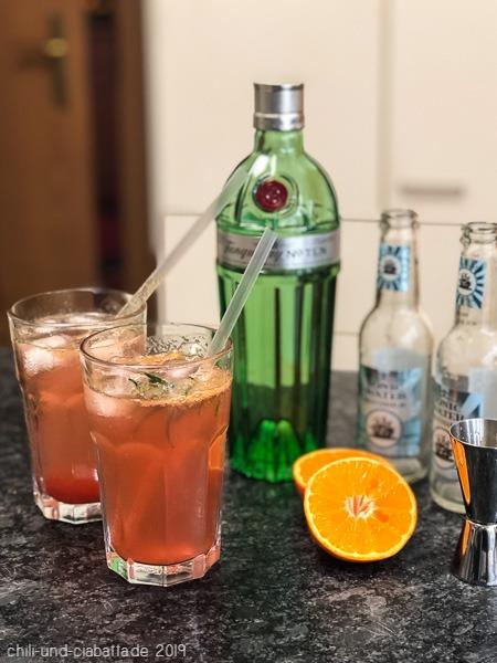Mandarinen-Rosmarin Gin Tonic
