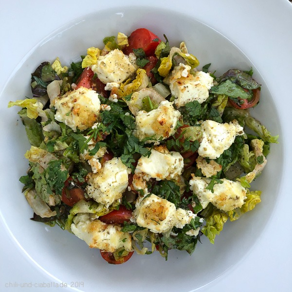 Salat mit Knusperfeta