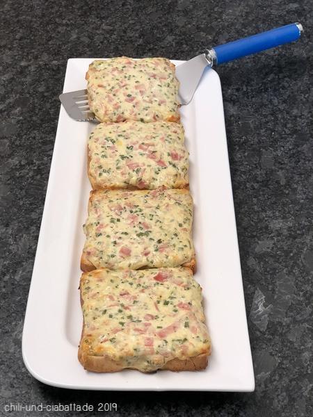 gratinierter Toast