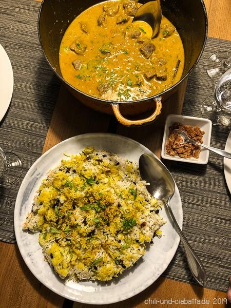 Entencurry mit Orange und gelben Reis