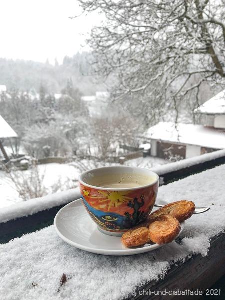 Kaffee vor Schnee