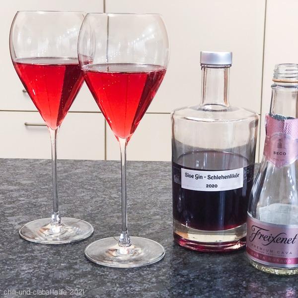 Sloe Gin Royale