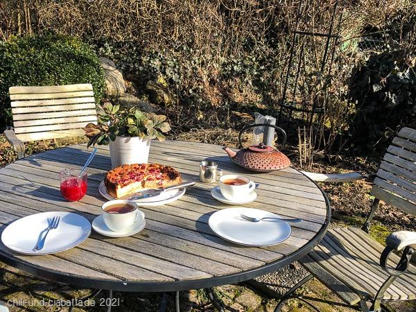 1. Teetrinken draußen
