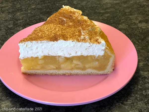 Riesling-Apfel-Torte mit Zimtsahne